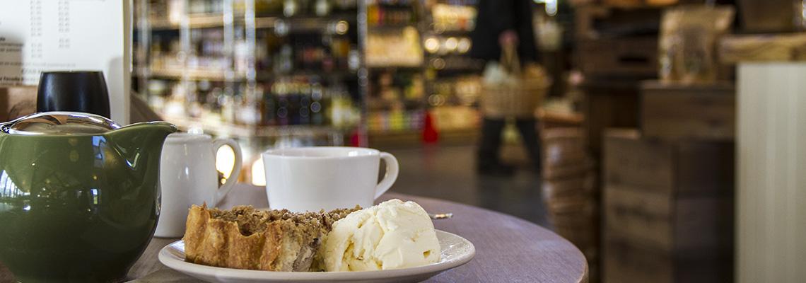 Shop & Café