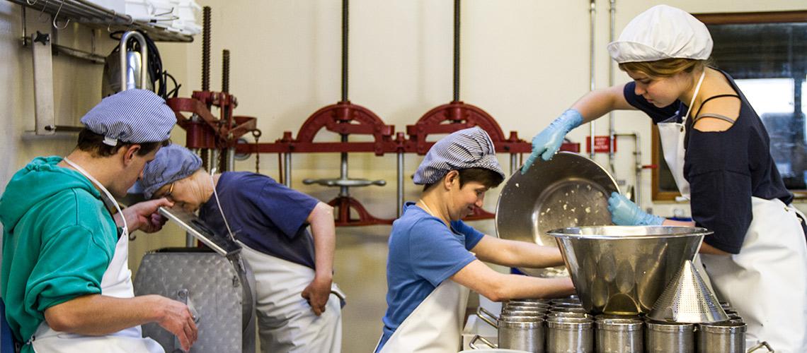 creamery-workers-IMG_4736